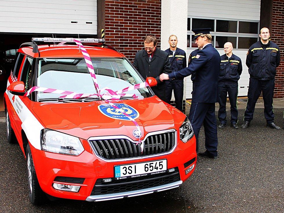Příbramští hasiči mají nový vůz.
