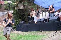 Tramtamtýdamtůdá fest se vrátil po dvouleté odmlcce do lesního divadla Skalka