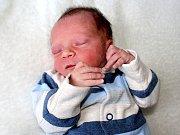 FRANTIŠEK JEČMEN se narodil rodičům Radce a Pavlovi z Příbrami ve čtvrtek 26. ledna, sestřičky mu v ten den navážily 2,31 kg a naměřily 46 cm.