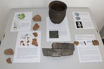 Výstava přibližuje pravěk a středověk Krásné Hory a okolí.
