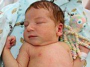 ELIŠKA FRANTOVÁ se narodila v pátek 28. července o váze 3,41 kg mamince Nikole a tatínkovi Jakubovi z Želivce jako jejich první potomek.