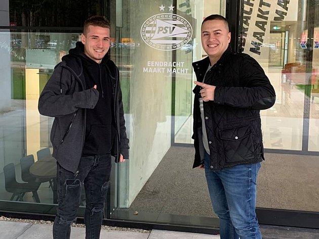 Fotbalista TJ Sokol Rosovice a projektový manažer voblasti IT a marketingu Martin Tran.