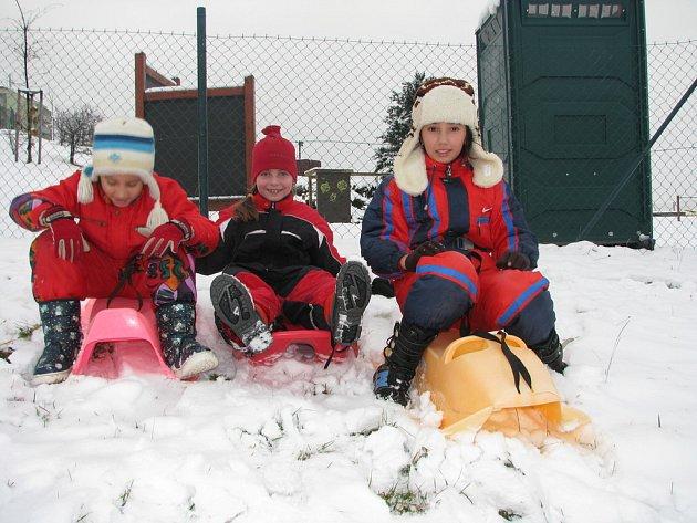 Děti si o víkendu užívaly sněhu