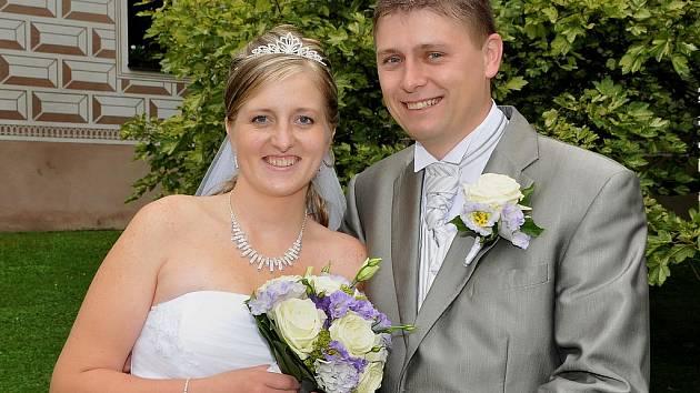 Pavlína Frűhaufová a Dušan Nusl si řekli své ano v sobotu 28. srpna ve 12 hodin v březnickém zámku.