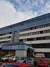 Fotbalisté obdarovali Kliniku dětské hematologie a onkologie.