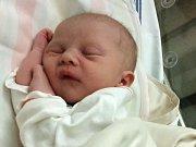 ANEŽKA KRÝDOVÁ, první miminko rodičů Petry a Luboše z Rožmitálu, se narodila v pátek 17. února o váze 2,58 kg a míře 47 cm.
