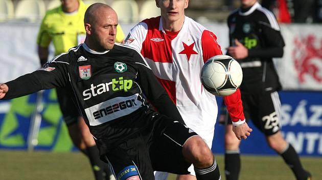 Gambrinus liga: Příbram - Slavia (0:0). Domácí Lukáš Pleško.