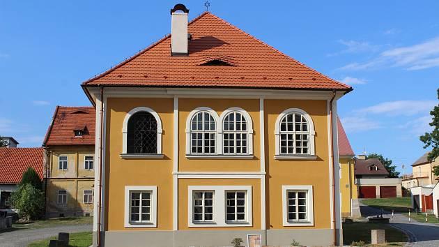 Synagoga v Březnici.