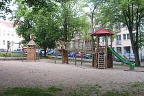 Dětské hřiště na Komenského náměstí v Příbrami.