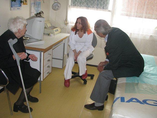 Příbramská neurologie měla otevřené dveře pro veřejnost. Pro informace chodili převážně senioři.