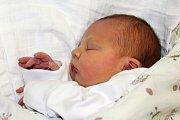 Ema Rzymanová se narodila 23. ledna s váhou 3,23 kg a mírou 49 kg Martině a Markovi ze Zálan. Doma se těší sestřička Adélka.