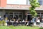 Již 4. června zazní na recepci nemocnice a před jejím vchodem klasická hudba v podání profesionálů a žáků základních uměleckých škol z Příbrami.