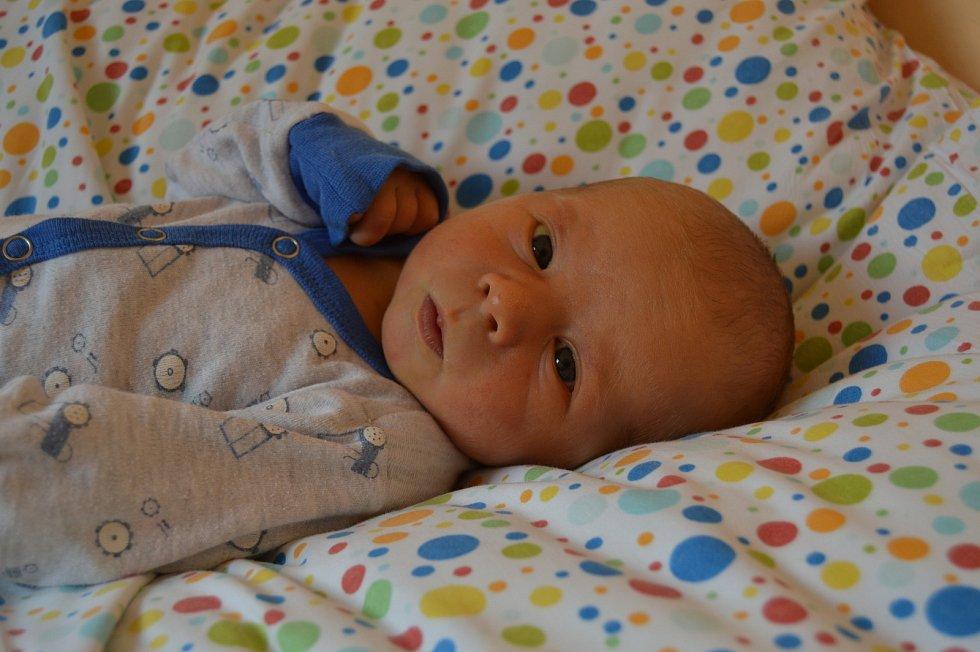 MAREK CIBUL'KA, MĚSTEČKO. Narodil se 22. června 2019. Po porodu vážil 3,4 kg a měřil 50 cm. Rodiče jsou Vlasta a Marcel.