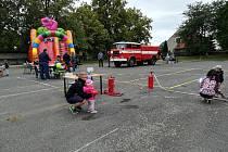 Pro děti byly připravené soutěže, nebo prohlídka hasičské techniky.