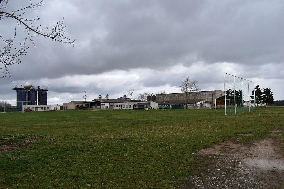 Chrášťany - fotbalové hřiště.