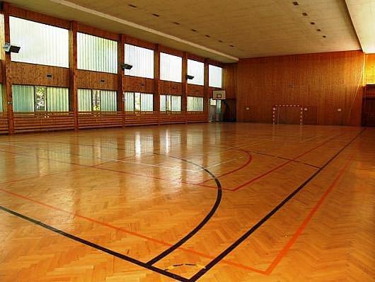 Sportovní hala bios v Novém Strašecí