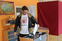 Voliči přicházeli do volební místnosti v MŠ Klicperova spíše sporadicky.