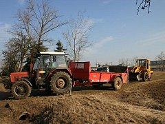 Zemědělci přihnojují ozimy dusíkem