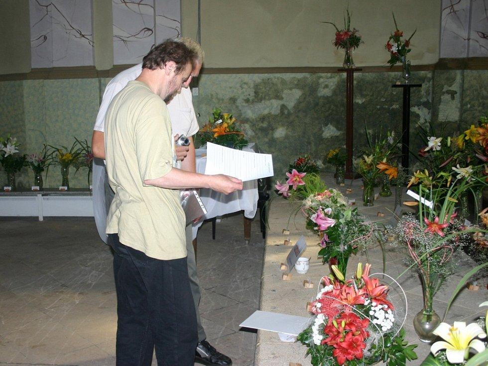 Výstava lilií v Rabasově galeri