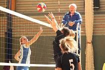 Volejbalistky VK Rakovník v závěrečném dvojkole finálové skupiny krajského přeboru I. třídy prohrály se Zručí 2:3 a 1:3, třetí místo však nakonec uhájily.