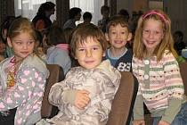 Děti ze základek z Rakovnicka v DDM Rakovník na pořadu o drogách