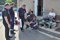 Novostrašečtí hasiči pomáhali při povodních v Roztokách u Prahy
