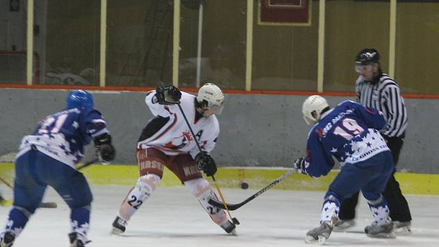 Rakovničtí borci zvítězili v neděli večer na slánském ledě nad týmem HC Zlonice 8:3