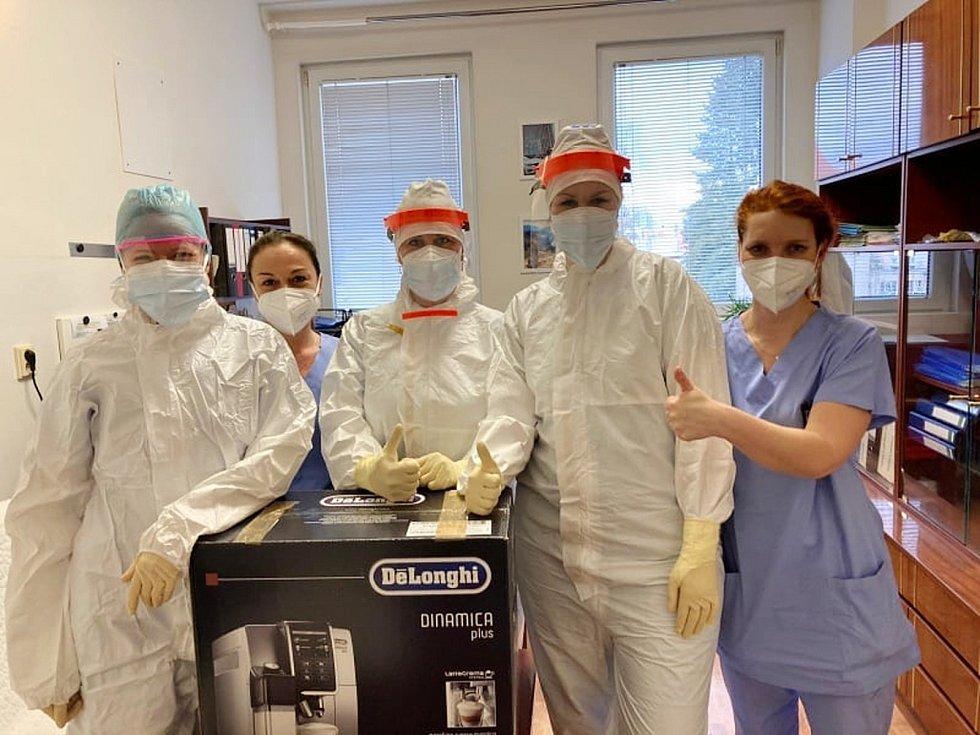 Resuscitační oddělení (RES) Masarykovy nemocnice Rakovník bylo nedávno oceněno za svoje vysoké nasazení, které v těchto náročných měsících zdravotníci podstupují.