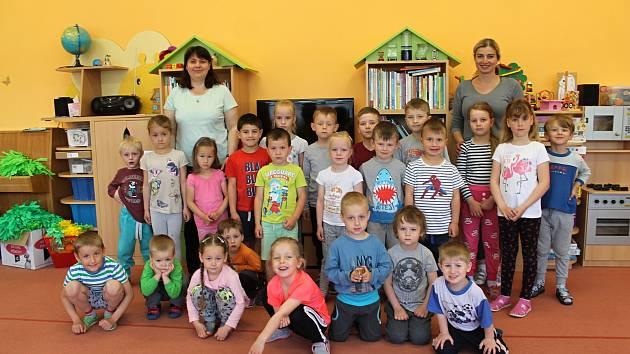 Děti v MŠ Olešná vedou učitelky Andrea Samková a Lenka Andršová.