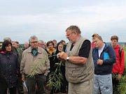 Pěstitelé mohli vidět, jak se na našem území daří odrůdám řepky ozimé a pšenice ozimé.
