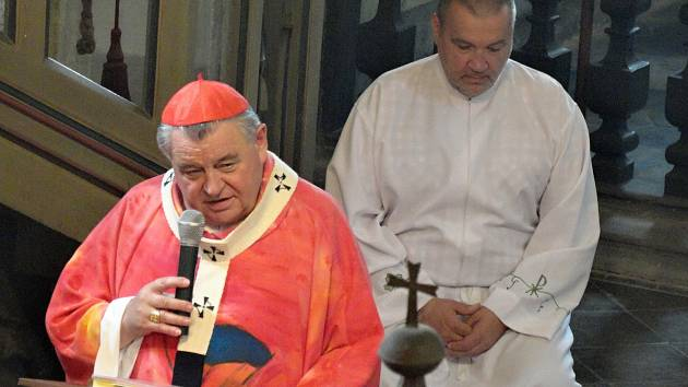Na Senomatské slavnosti dorazil i kardinál Dominik Duka.
