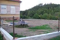 Budování hřiště v Sýkořici