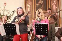 Koncert Hradního dua v Kostelíku