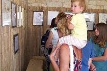 Výstava Evy Petrové v Hrnčírně v Mutějovicích