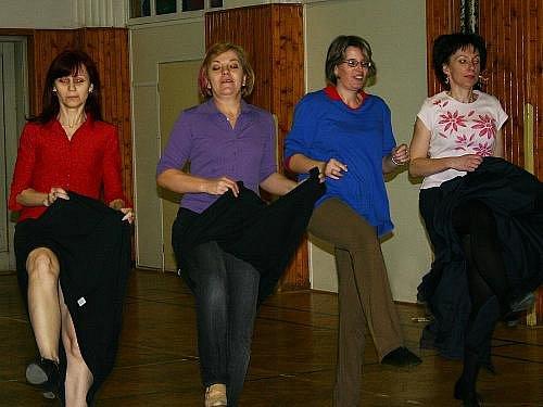 Taneční oddíl Sokola Rakovník při treninku