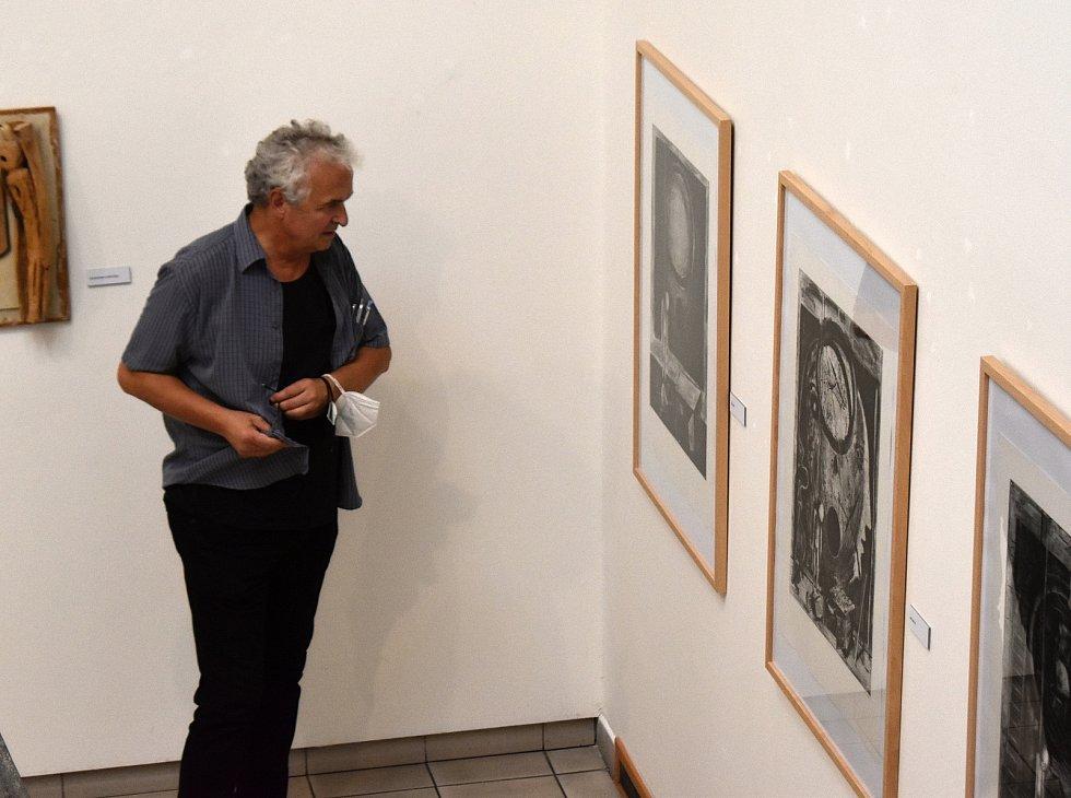 Komentovaná prohlídka výstavy Michala Šaršeho v Nové síni Rabasovy galerie, Rakovník.