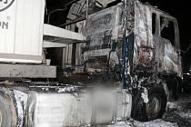 Plameny způsobily škodu za 490 tisíc korun.