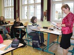 Celkem 35 žáků skládalo ve středu jednotné přijímací zkoušky na SZeŠ v Rakovníku