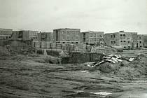 Pohled na patrové domy v ulicích Zdeňka Štěpánka a Lubenské, které byly postaveny v letech 1978 - 1980.