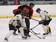 Hokejisté HC Rakovník v závěrečném kole základní části krajské ligy prohráli s Mělníkem 0:3.