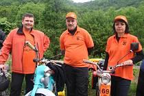 Třetí setkání majitelů mopedu Stadion