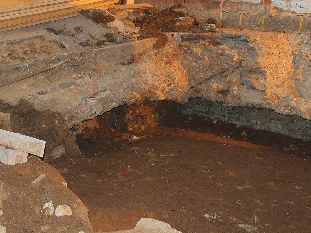 Archeologické nálezy při přístavbě ZŠ Nové Strašecí