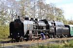 Parní lokomotiva na stochovském nádraží.