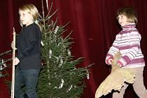 Rozsvěcení vánočního stromu v Lubné
