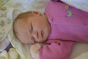 BARBORA BROŽKOVÁ, RAKOVNÍK. Narodila se 14. srpna 2019. Po porodu vážila 3,3 kg a měřila 50 cm. Rodiče jsou Tereza a Lukáš. Sestra Kateřina.