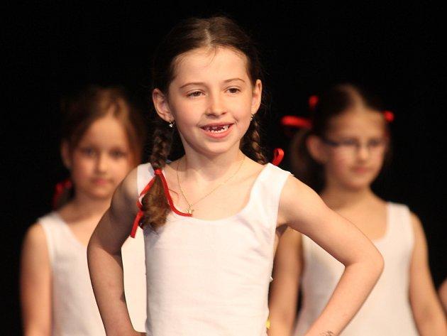 Závěrečné vystoupení tanečníků ZUŠky