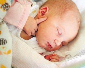BARBORA KONONOVOVÁ, PLZEŇ. Narodila se 5. března 2018. Po porodu vážila 3,8 kg a měřila 53 cm. Rodiče jsou Martin a Jana.