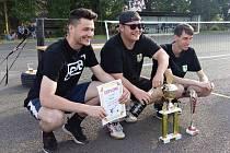 Nohejbalový turnaj ve Všetatech ovládl tým z Velké Bukové.