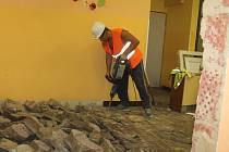 Přístavba ZŠ Nové Strašecí začala