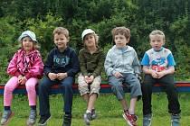 Děti z Rynholce trávily prázdniny doma na docházkovém táboře